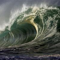 Как выглядит удар тридцатиметровой волны с борта корабля