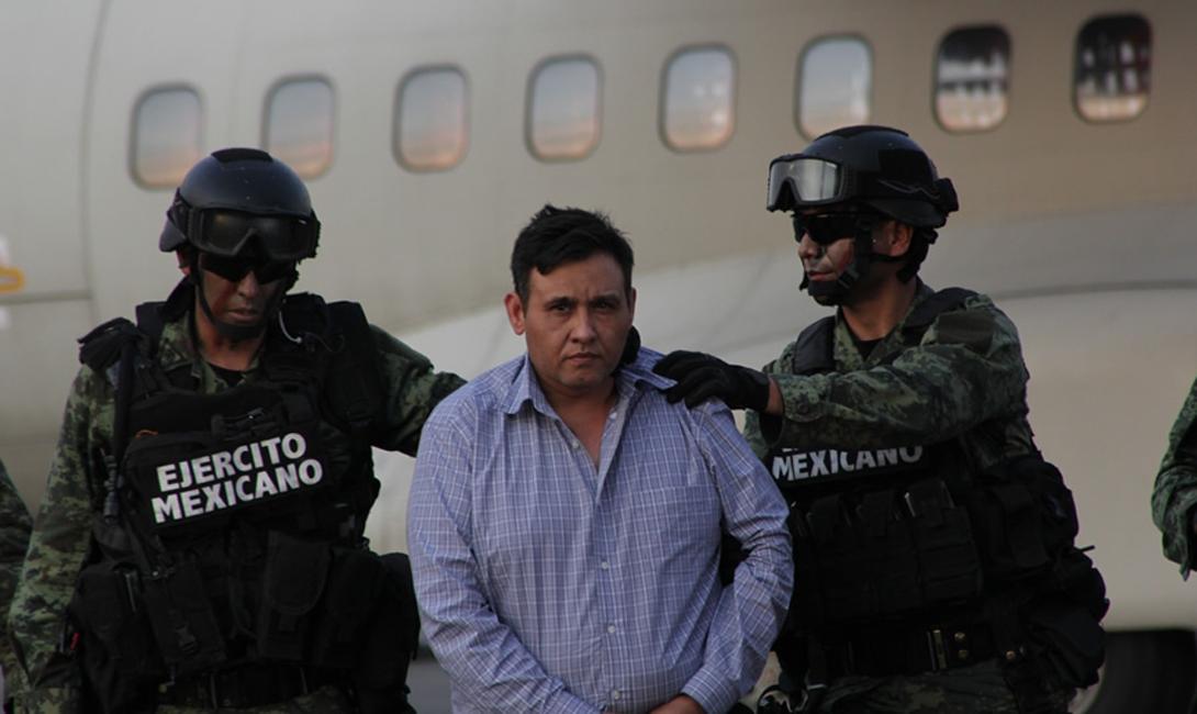 Поговаривают, что власти уже задумываются о предоставлении свободы Эль Чапо. Без его Картеля Синалоа, в этих водах появилось нечто гораздо более опасное.