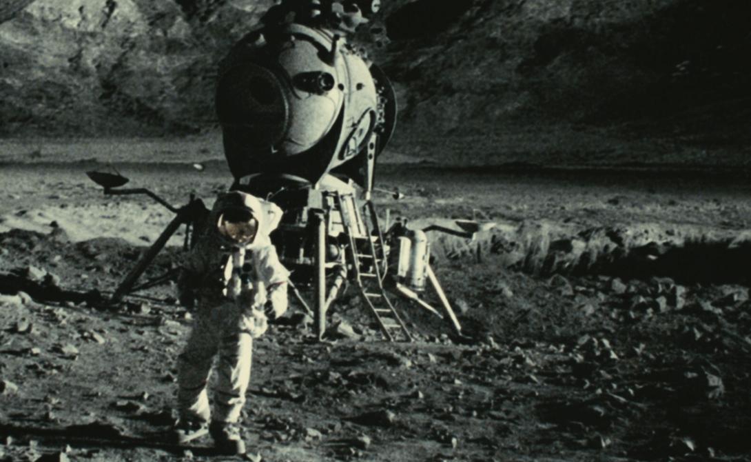 Последняя попытка была совершена всего за месяц до посадки американцев на Луну. Н-1 показала себя хорошо, однако, руководство решило, что побывать на спутнике уже после соперников — нецелесообразная трата денег.