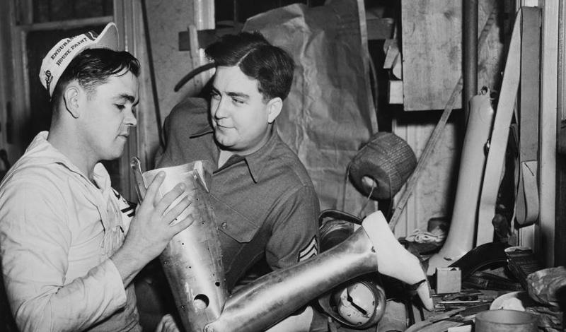 Вторая мировая война В эту войну протезированием озаботились уже целые страны. Количество лишившихся конечностей солдат было так велико, что протезирование перешло в стадию новой науки.