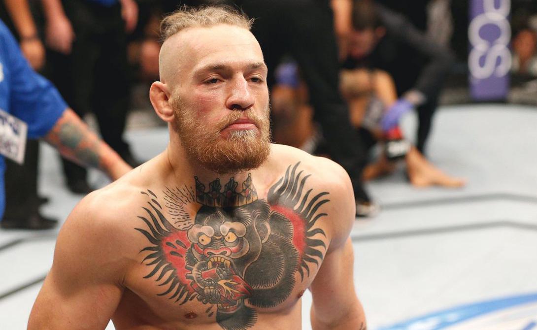Череда эффектных побед обеспечила Макгрегору пропуск в UFC. Первый же бой рыжий дьявол закончил нокаутом, изрядно удивив армию поклонников Маркуса Бримеджа — бойца опытного и уважаемого. Коннор продолжал выступать, посвящая карьере все свое время.
