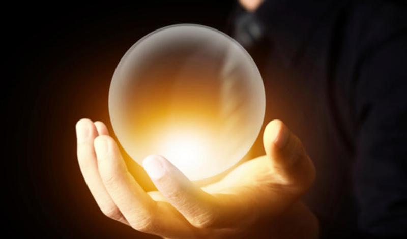 Ваше сердце предсказывает будущее Конечно, нельзя доверить сердцу предсказание выигрышных номеров на лотерейном билете. Однако, если таковой окажется у вас в руках, то тело отреагирует быстрее, чем мозг — потливостью, нервозностью, ускоренным сердцебиением. Судя по всему, наше подсознание умеет работать как некая суперсила. Более того, ученые уверяют — ее вполне можно прокачать.