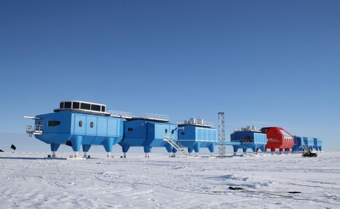 Самая низкая температура на Земле была зафиксирована станцией Восток и составила -89,2 градуса по Цельсию.