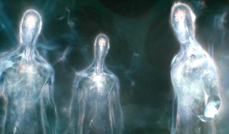 Плеядеанцы Как можно догадаться из названия, эти парни прибыли к нам из созвездия Плеяды. Внешне они очень напоминают людей и, руководствуясь выдержками из конспектов уфологов, очень любят жить на земле. По некоторым данным, плеядеанцы являют свою сущность тем, чей разум очищен. Так что, если хотите повидать инопланетянина — попробуйте медитацию.