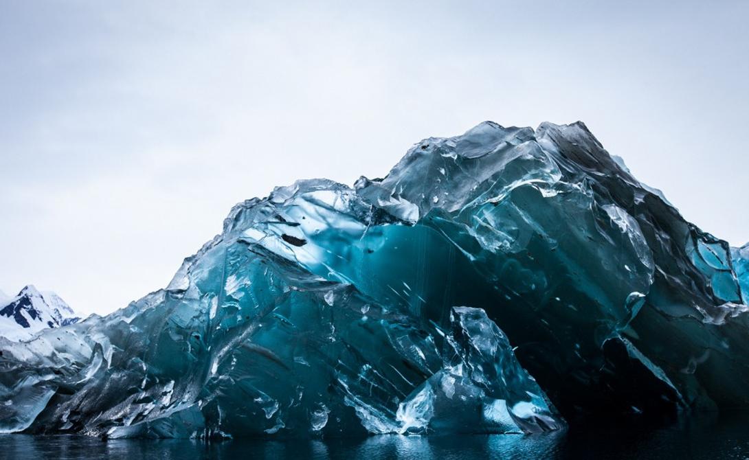 99% Антарктиды покрыта льдом.