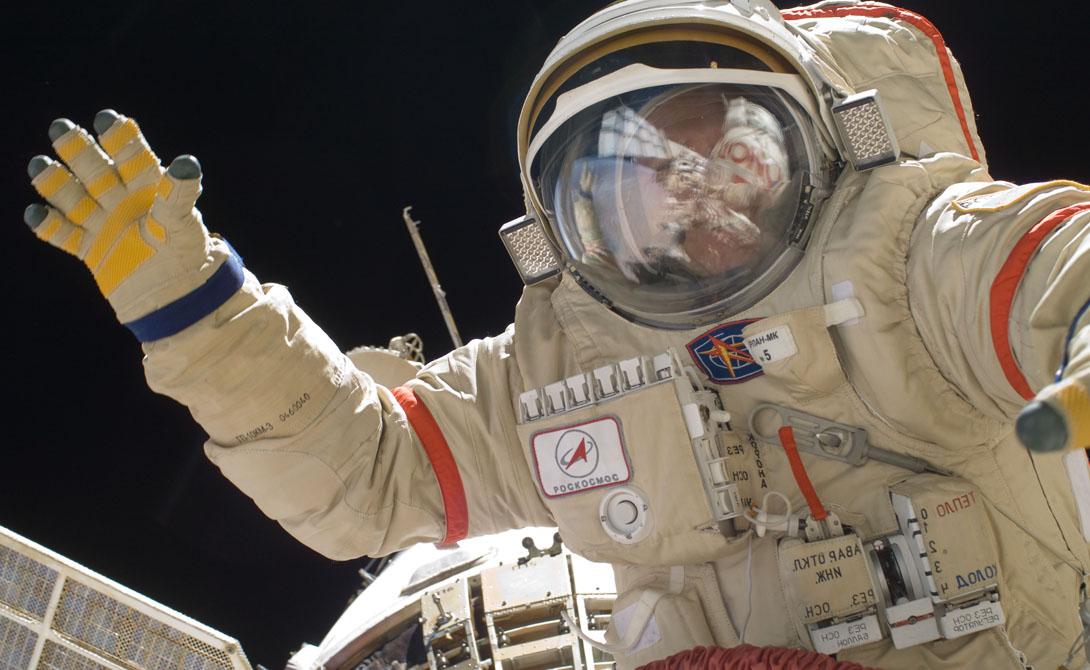 В феврале этого года мы отмечаем пятидесятилетие высадки советского лунного модуля. Аппарат «Луна-9» осуществил первую мягкую посадку на поверхность Луны. Это было настоящее инженерное чудо, благодаря которому мы поняли очень многое. «Луна-9» проложила путь высадке человека.