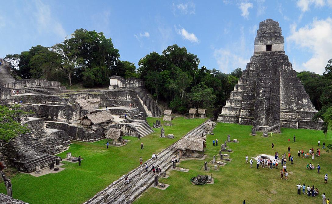 Цивилизация майя 2600 до н.э. - 1520 н.э. Центральная Америка Цивилизация майя является классическим примером загадочно исчезнувшей культуры. Ее величайшие памятники, города и дороги были поглощены джунглями Центральной Америки, а население сгинуло, растворившись в чужих племенах.