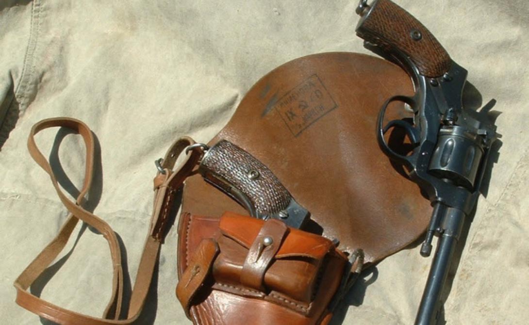 Признание Первая же модель револьвера (образец 1878 года) пришлась по вкусу не только бельгийцам, но и всей Европе. Модификации револьвера Нагана начали выпускать крупные заводы: бельгийские «Лепаж», «Байяр», «Франкот»; немецкая «Энель» и, конечно же, русский Императорский Тульский оружейный завод.