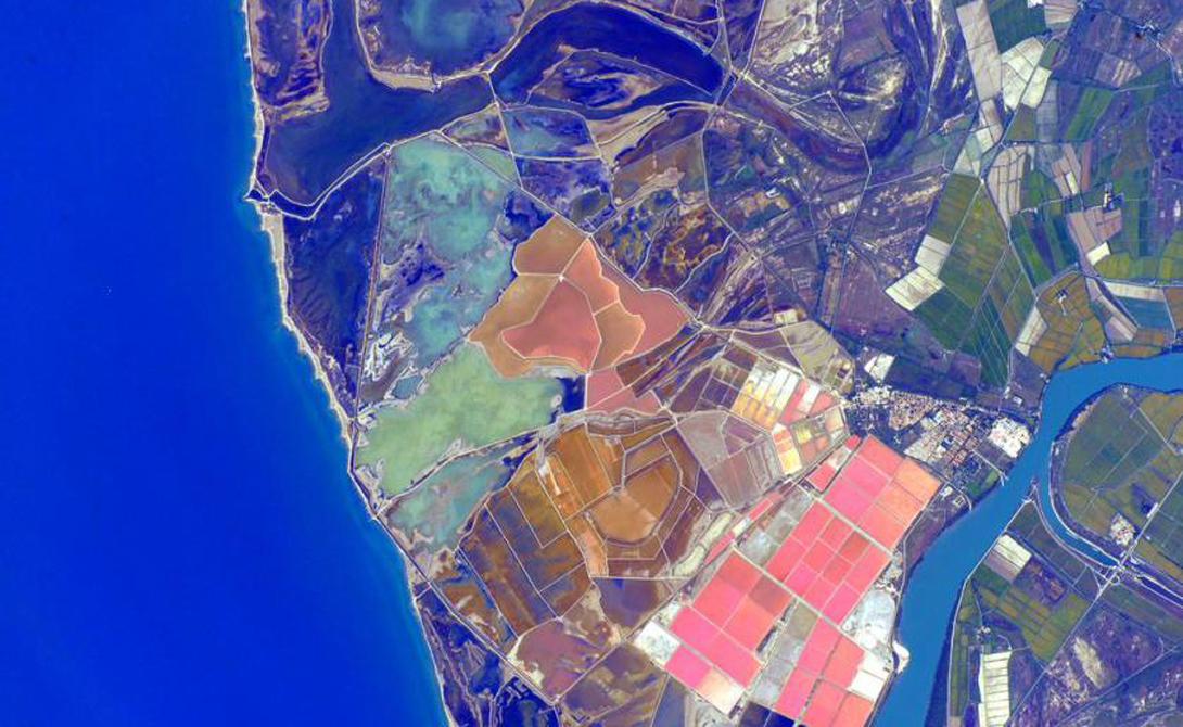 Цветовая палитра Испании настолько красива, что я подумываю о переезде.