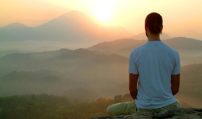 Моральное разложение Депрессия — еще один признак наступления весны. Плохое настроение обусловлено не столько реальным положением дел, сколько внутренним состоянием истосковавшегося по солнцу мозга. Лучшее, что можно сделать — освоить практику медитации. Десятиминутная сессия с утра зарядит вас спокойствием и энергией на целый день. Главное, не лениться.