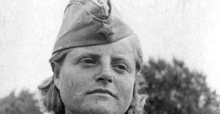 Катерина Жибовская-Назарова Катерина работала на Прибалтийском фронте, причем очень результативно. На ее счету — как минимум, сто человек. Награждена орденом Славы третьей степени, посмертно.
