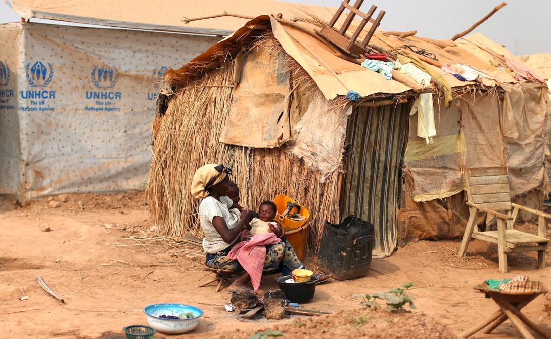 Банги Центрально-Африканская Республика Столица страны бедна и жители ее вынуждены убивать для спасения своих жизней. Кроме того, здесь часты жестокие столкновения на религиозной почве.