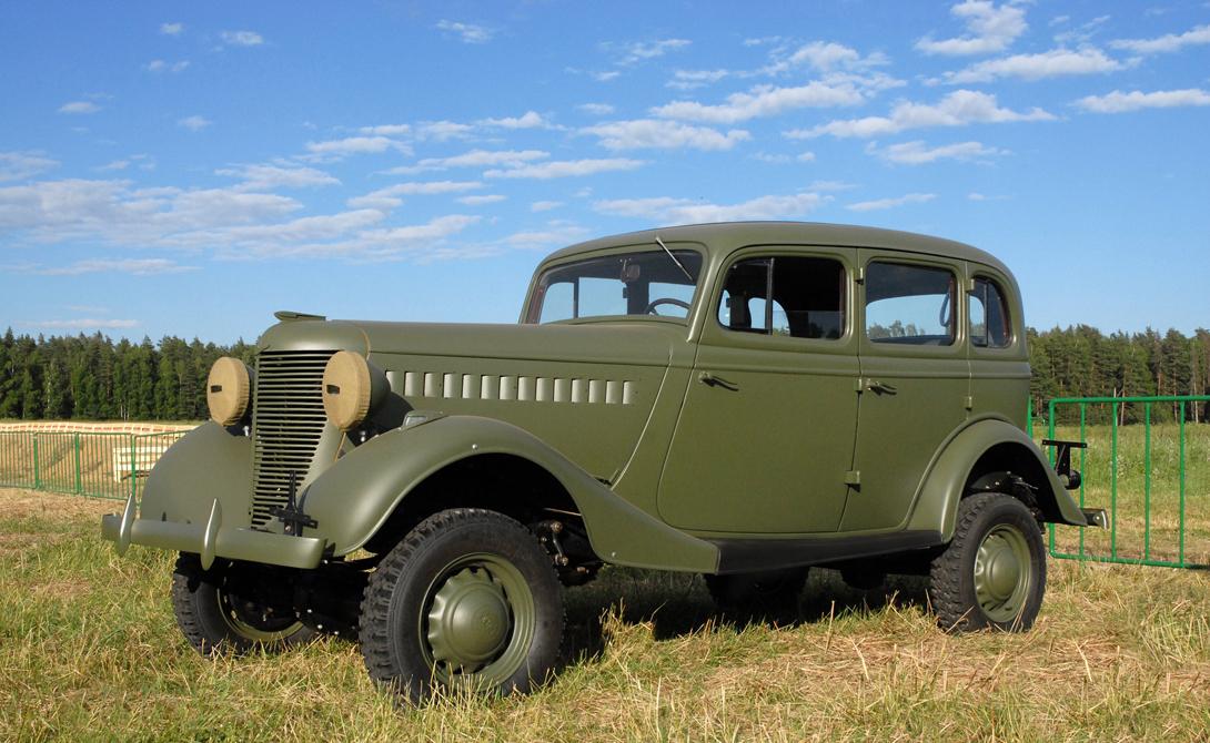 ГАЗ-61 СССР ГАЗ-61 был создан под определенные нужды: высшему руководству Красной Армии требовался надежный штабной автомобиль с хорошей проходимостью. Модель стала первым в мире комфортабельным внедорожником — как ни странно, но именно опыт советских мастеров приняли потом и в других странах. ГАЗ-61 имел прекрасные характеристики и высоко оценивался командующими армии — к примеру, это был один из любимых автомобилей маршала Жукова.