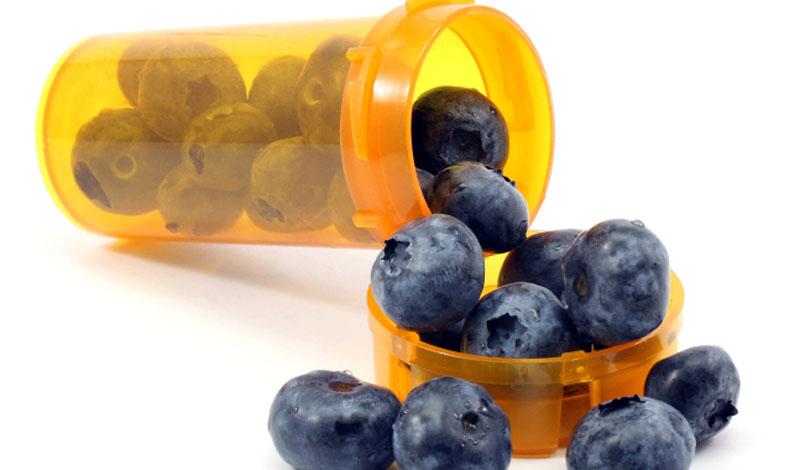 Ежевика Ежевика защищает печень и мозг, а также способствует укреплению иммунной системы. Эти ягоды богаты антиоксидантами — то есть, задерживают старение кожи и всего тела.