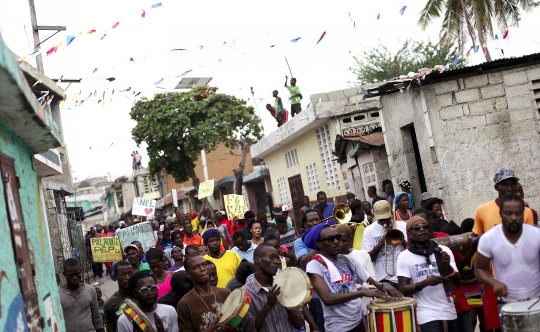 Порт-о-Пренс Гаити Город изобилует преступниками, каждый из которых способен продать в рабство родную сестру. Изнасилования и грабежи здесь — обычное дело.