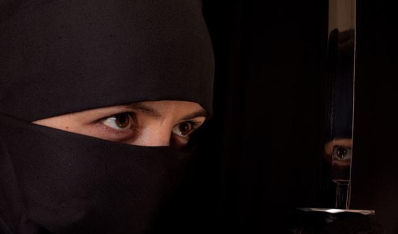 Зловещие убийцы Вообще-то, чаще всего наниматели использовали шиноби в качестве шпионов. Им могли поручать и политические убийства — скорее, в виде исключения.