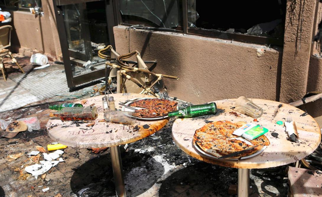 Уагадугу Буркина-Фасо Постоянная угроза террористических актов — не лучшая приманка для туристов. В начале этого года Аль-Каида осуществила серию взрывов, где пострадали более пятидесяти человек.