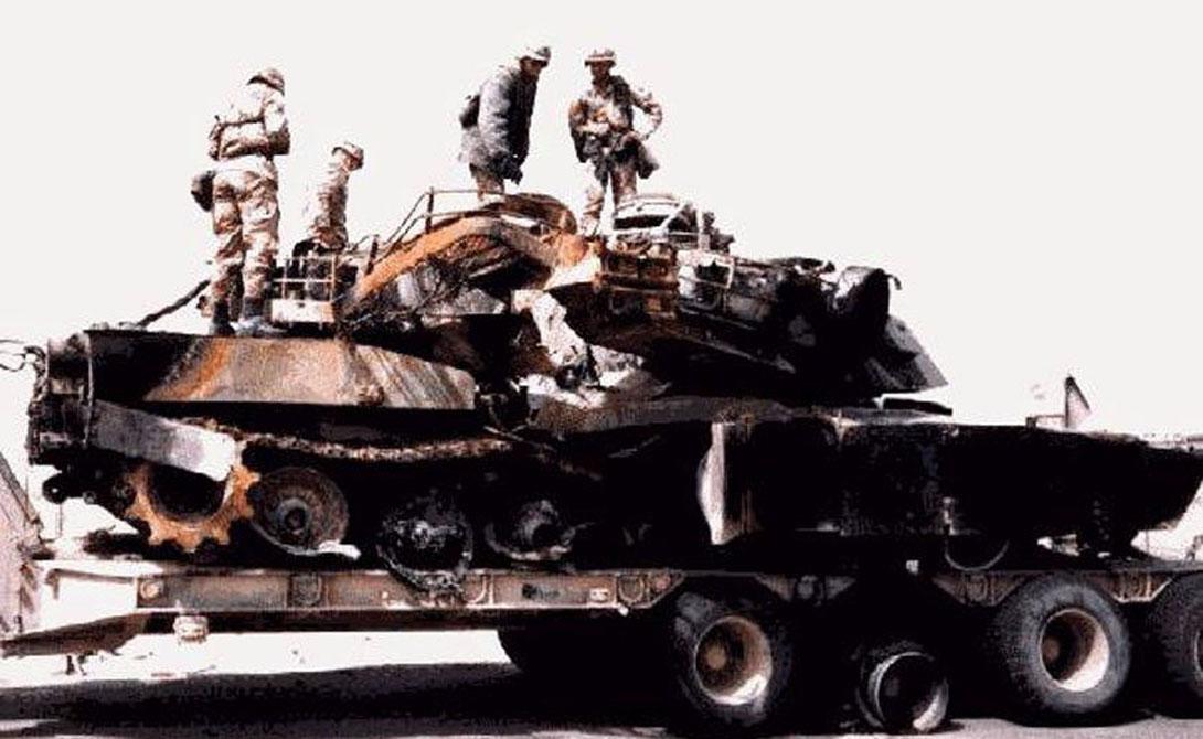Единственная потеря — взорванный самими солдатами танк: он мог попасть в руки врага.