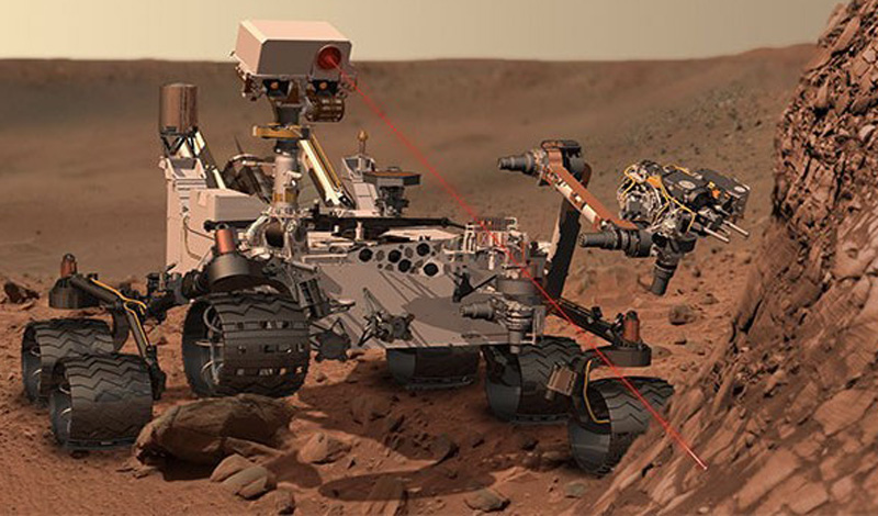 В настоящее время население Марса составляет семь роботов.