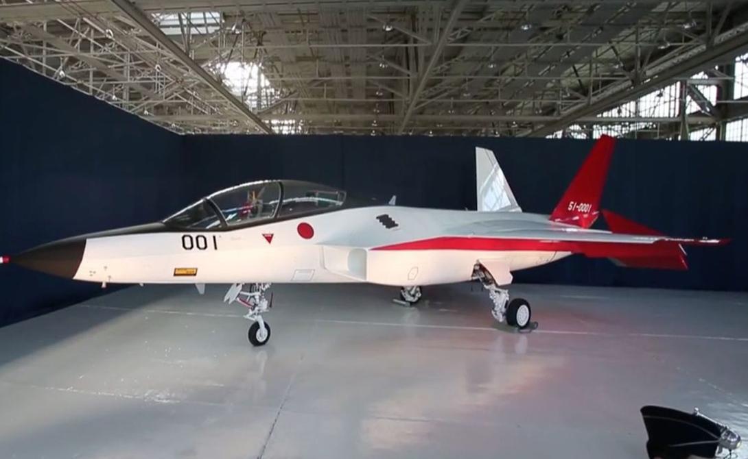 X-2 Синсин стал ответом Страны восходящего солнца американскому F-35 Lightning II, российскому Т-50 и китайскому J-20. X-2, наименование которого переводится как «Душа неба». Он находился в разработке целых десять лет и стоил правительству Японии более 294 миллионов долларов.