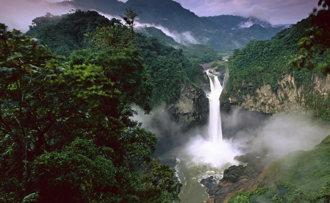 Амазонка Южная Америка 6 516 километров Именно здесь хранится одна пятая всей пресной воды в мире: Амазонка если не самая длинная, то уж точно самая известная река планеты.
