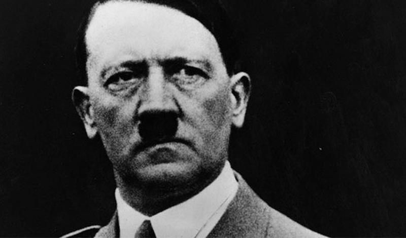 Во время Второй мировой войны разведка союзников планировала провести удивительную спецоперацию против Гитлера. Предполагалось добавлять в пищу фюрера эстроген, чтобы сделать его менее агрессивным.