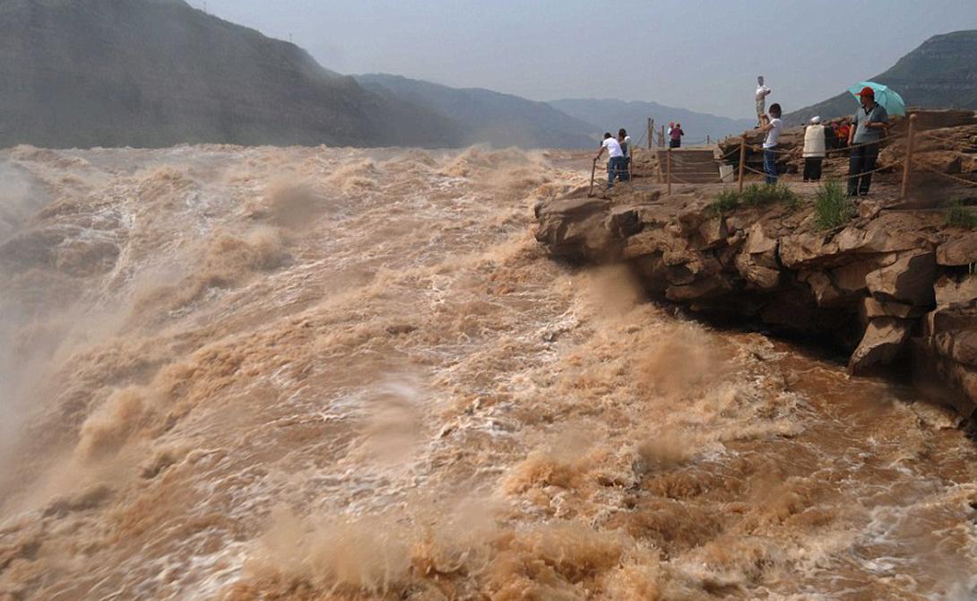 Желтая Река Китай 5 464 Желтая Река проходит через девять китайских провинций: местные жители считают Хуанхэ колыбелью нации. Здесь найдут чем поразвлечься и любители дикой природы и те, кто ценит чужую культуру.