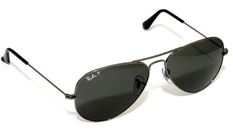 Хотите загореть? Носите солнечные очки. Наши глаза очень чувствительны к яркому свету — он дает сигнал гипофизу высвободить MSH, меланоцит-стимулирующий гормон.