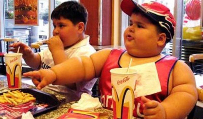Люди думают, что высокий уровень холестерина формируется с возрастом. Но сейчас появилось целое поколение детей, страдающее от той же проблемы. Пальму первенства держит США.