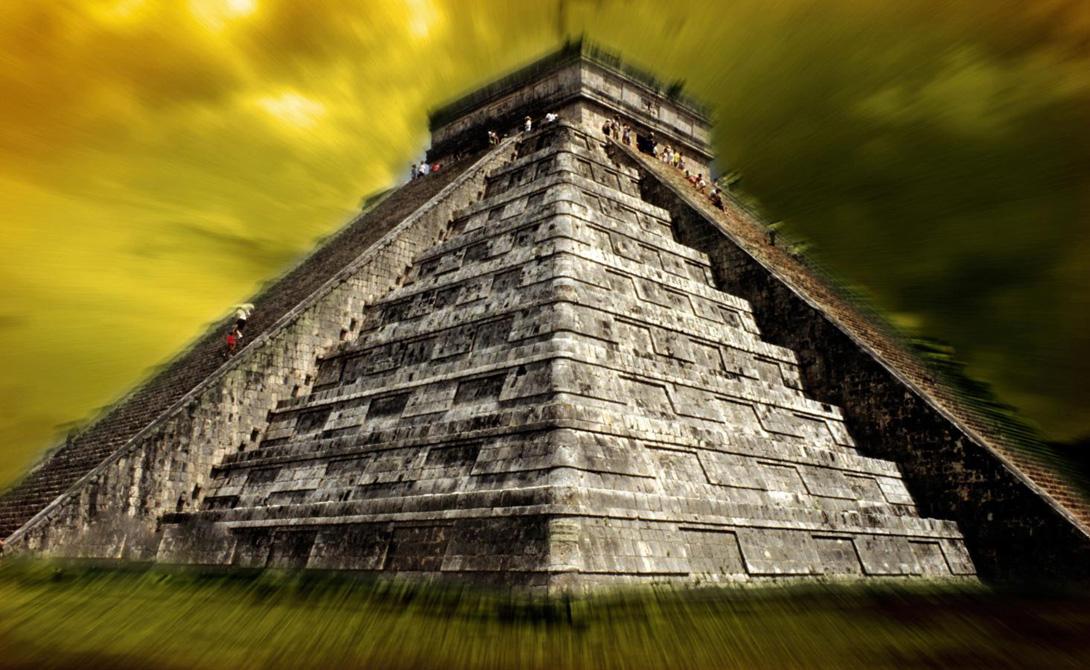Теорий о падении майя очень много. Фавориты — вторжение извне, гражданская война, разрушающиеся торговые пути. С тех пор как в 1990 году археологи получили данные о климатическом развитии региона, превалирующей считалась идея, что майя были обречены из-за серьезных изменений климата.