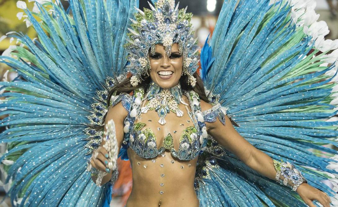 Карнавал И, конечно же, знаменитый Карнавал. Некоторые школы самбы готовятся к этому событию весь год. Если вам повезет попасть в Рио во время Карнавала — вероятно, вы полюбите этот город раз и навсегда.