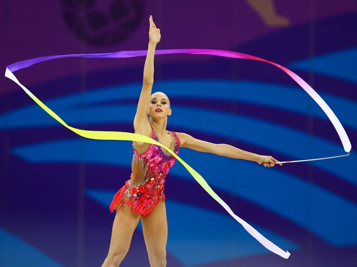 Яна Кудрявцева ГимнасткаВозраст: 18 Кудрявцева — одна из лучших в дисциплине художественная гимнастика. 16 медалей на чемпионатах мира, 13 из них золотые. Яна будет выступать на грядущих Олимпийских играх в Рио.