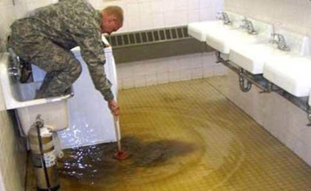 Все не так и все не то, когда ты служащий американской армии
