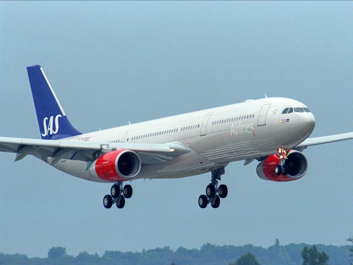 Scandinavian Airlines или SAS, в настоящее время работает в качестве национальной авиакомпании Дании, Норвегии и Швеции. Авария со смертельным исходом произошла в 2001 году.