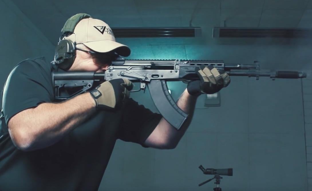 На испытаниях четырехсотая серия показала себя превосходно. Стрелки отмечают необыкновенную точность и кучность автомата: по отзывам, он превосходит как и стоящий на вооружении АК-74, так и модернизированный АК-12.