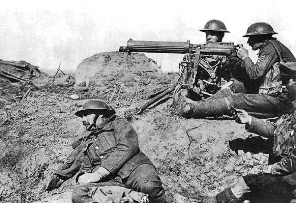 Первая мировая война Погибших: 18 млн Глобальная война, пожар которой охватил всю Европу. На континенте буквально не оставалось спокойного места: 11 миллионов солдат и около 7 миллионов мирных жителей отдали свои души на благо неведомой цели.