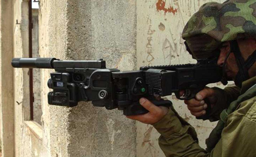 CornerShot Такими полуавтоматическими пистолетами и гранатометами обеспечивают войска спецназначения. Система CornerShot позволяет поразить цель не выходя из укрытия.