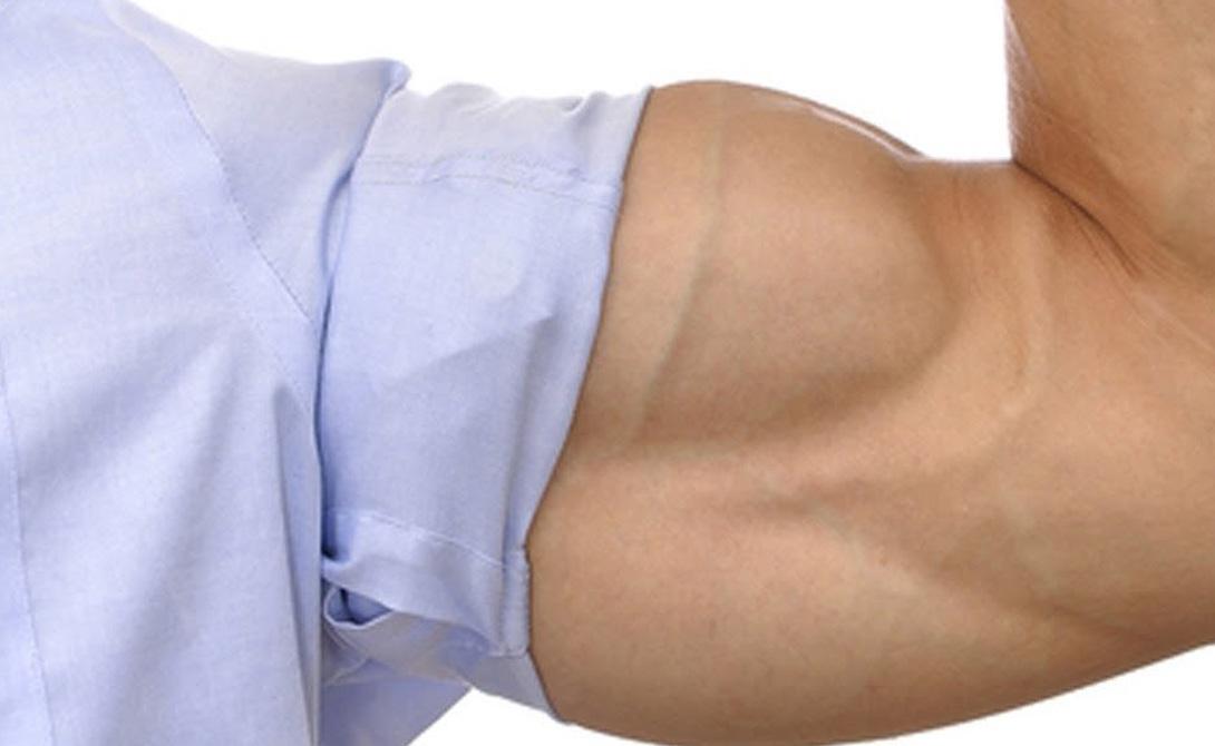 Тренажерный зал Силовые тренировки активно увеличивают естественную выработку тестостерона в организме. Делайте базовые упражнения и сосредоточивайтесь на увеличении весов. Меньше повторений: худеть будете другим способом. В принципе, можно вообще выкинуть из программы большую часть изолирующих упражнений. Приседания со штангой, жим лежа, становая тяга, жим штанги стоя — этого хватит.