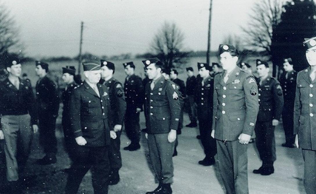 7781 войсковой Оперативный Отряд Команда «Зеленых беретов» отрабатывала территорию Берлина с 1956 по 1984 год. Главной задачей было поддерживать антикоммунистические провокации. На случай захвата города «красными», бойцы оперативного отряда имели запасной план: организовать сопротивление и залить весь Берлин кровью противника.