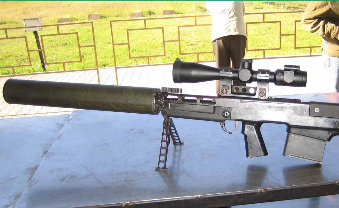 Винтовка с глушителем Крупнокалиберная снайперская винтовка — то, что надо для скорейшего решения проблемы с ходячими мертвецами. Мы рекомендуем вам обратить внимание на российскую разработку под названием «Выхлоп»: крупнокалиберный аргумент на любой спор.
