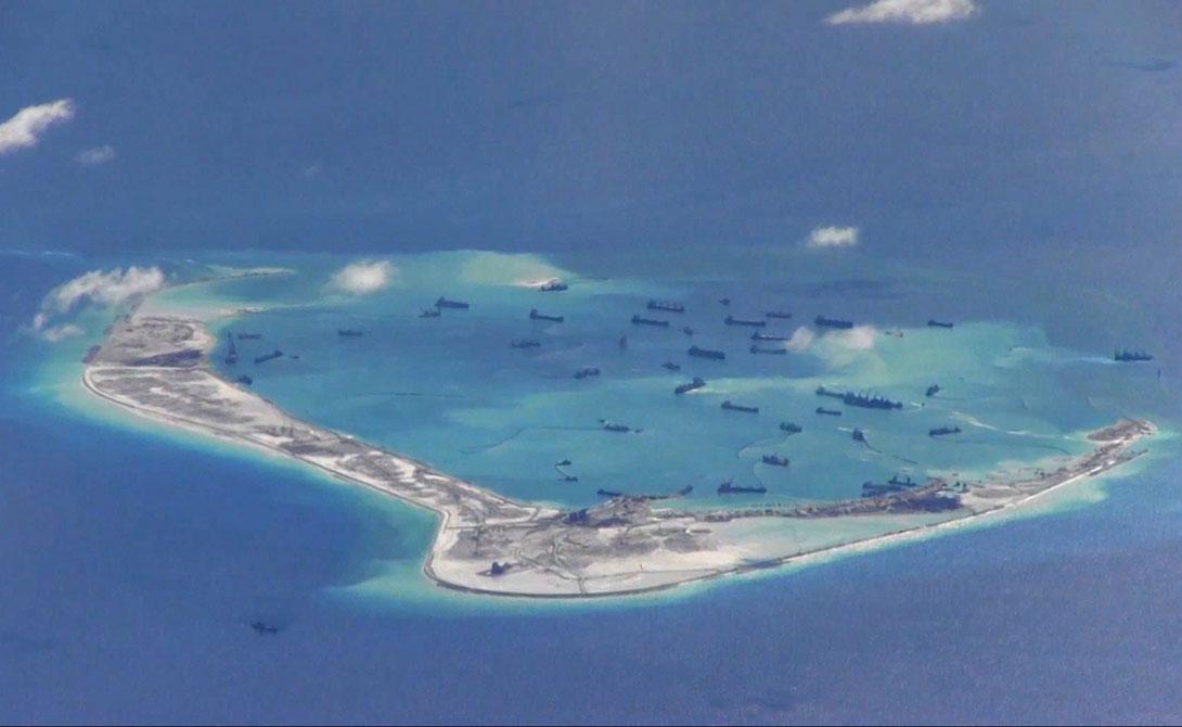Три-Айленд Южно-Китайское море Этот красивый остров необитаем, поскольку на него претендуют сразу три страны. В настоящее время Три-Айленд входит в состав провинции китайской провинции Хайнань, но Тайвань и Вьетнам также заявляют свои притязания на эту землю.