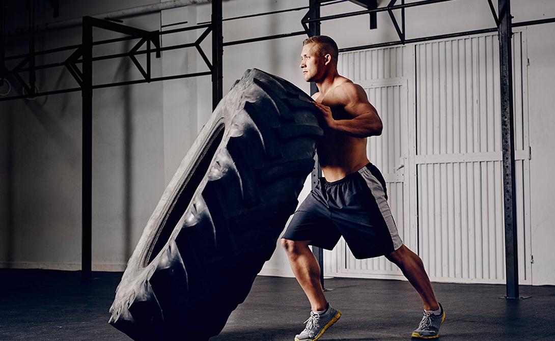 Правильный цикл Итак, спортивную фигуру обычный человек может получить только одним способом: чередовать вышеописанные тренировки в течение всей недели. Не останавливайтесь на базе и усиленном питании — сила появится, но мышцы из-под слоя жира вы вряд ли увидите. 10 недель работы по правильной программе хватит, чтобы набрать несколько килограмм мышц и сохранить рельеф.