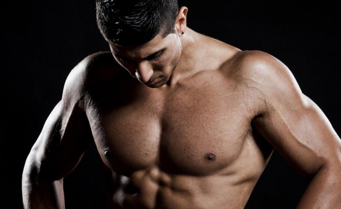 Мышцы не растут Очень часто новичкам не удается развить грудные мышцы, даже по программам усиленных тренировок. Это происходит из-за двух типичных и очень распространенных ошибок: слишком большой вес мешает техническому выполнению, а упражнения направлены на одни и те же части мышц. Решить проблему довольно просто — разработайте базу и следите за тем, чтобы упражнения менялись хотя бы дважды за тренировку.