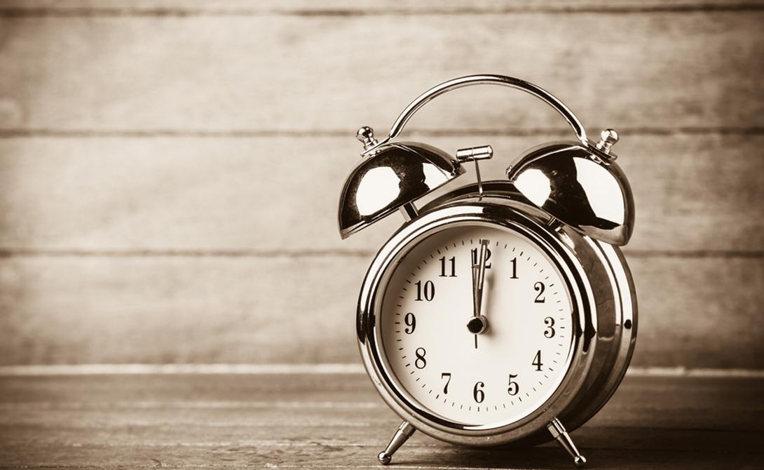 Невозможно проснуться Самая распространенная проблема, решить которую не так уж и сложно. Старайтесь просыпаться в определенное время каждый день, даже на выходных. Тело просто привыкнет к расписанию и уже через месяц о будильнике можно будет забыть.