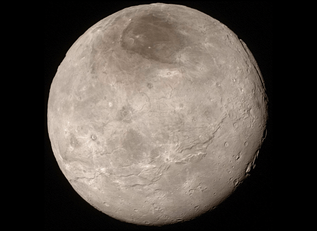 Харон Карликовая планета недавно вызывала большие толки в ученом сообществе. Ее подробные снимки передал на Землю космический зонд НАСА, New Horizons. Неожиданно оказалось, что Харон весьма похож на нашу Луну. Кроме того, ученые полагают обнаружить здесь тонкую атмосферу, достаточную для появления простейшей жизни. Колонизаторы могут обнаружить себя завоевателями — по крайней мере, так считают ученые.