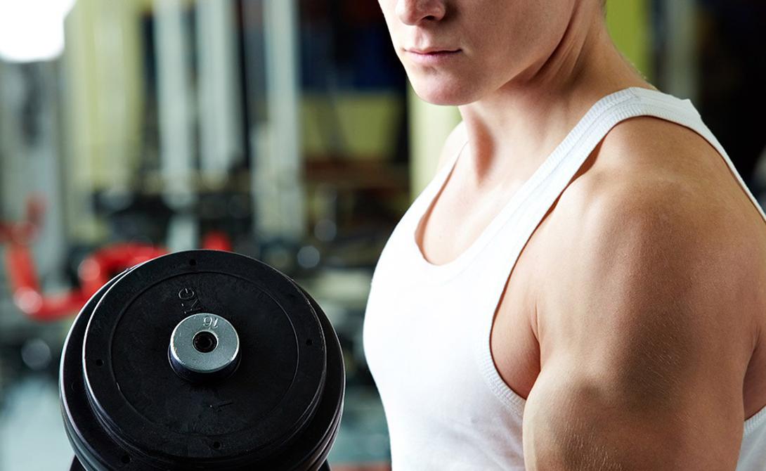 Спорт Систематические тренировки способствуют урегулированию циркадных ритмов. Однако не стоит бежать в зал за полчаса до отхода ко сну: избыток энергии после тренировки не даст уснуть. Легкая гимнастика около девяти вечера, напротив, утомит организм в достаточной степени и спровоцирует выброс гормонов, несущих ответственность за расщепление подкожного жира.