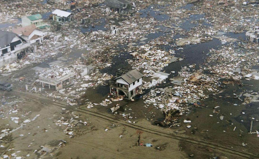 Шэньси Китай Инцидент 23 января 1556 года опустошил площадь почти в тысячу квадратных километров. Количество погибших в результате этого разрушительного землетрясения превышает 830 000, что на тот момент составляло более 60% населения региона.