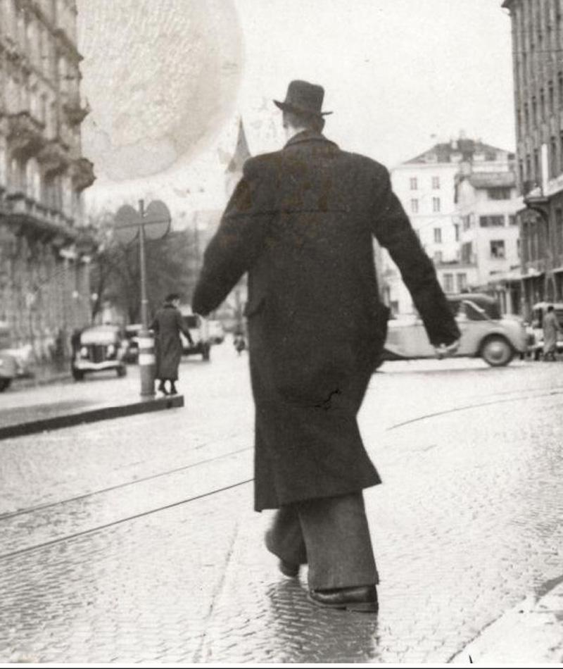 Вално Муллуринне 2 метра 51,4 сантиметров Вално родился 27 февраля 1909 года в Хельсинке и не показывал никаких признаков аномального развития вплоть до самого пубертата. Акромегалия за несколько месяцев превратила обычного школьника в самого высокого человека Финляндии.