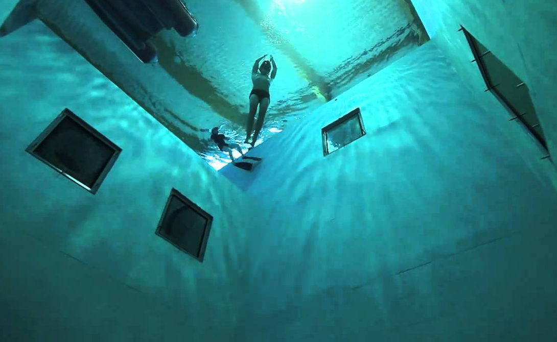 Nemo 33 Брюссель, Бельгия Это один из самых глубоких бассейнов в мире. Здесь проводят тренировки инструкторы подводного плавания и профессиональные фридайверы, здесь же, время от времени, снимают громкие голливудские сцены.