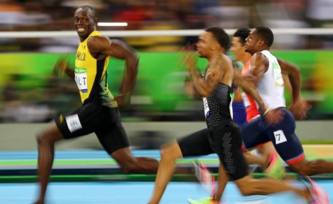 Скорость на ста метрах Усейн Болт Скорость: 44,73976 км/ч На днях Усейн Болт поставил очередной рекорд, с необычайной легкостью обойдя десяток соперников. Его фотография на финишной прямой облетела весь мир: успешный легкоатлет радуется победе прямо в объектив камеры.